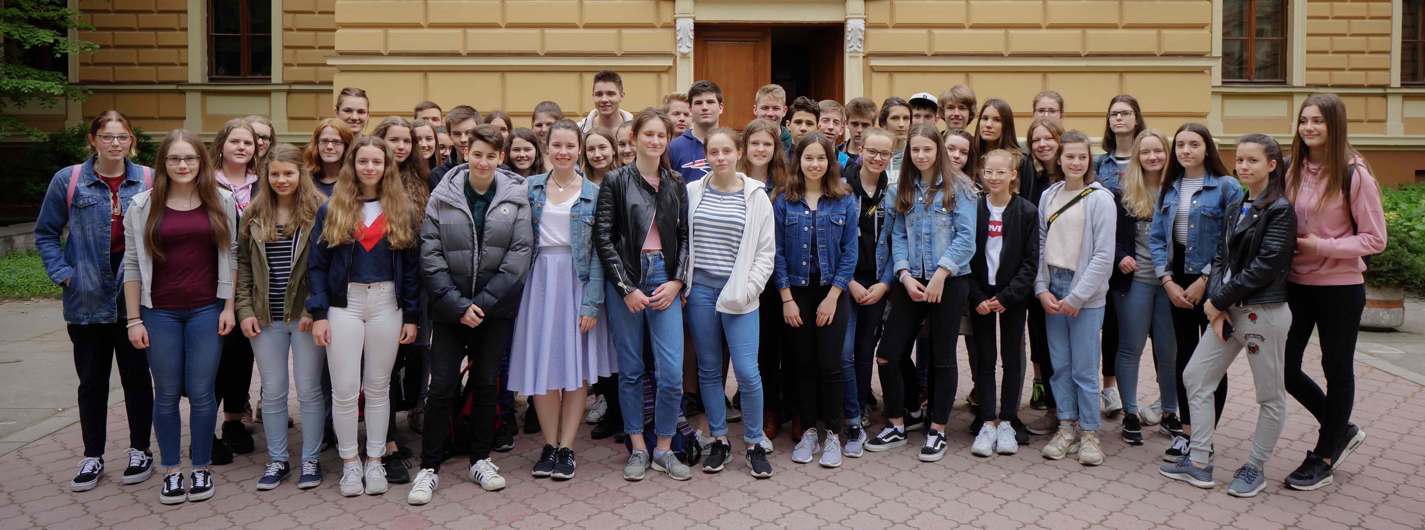 Gruppenbild_Serbien_2018.jpg
